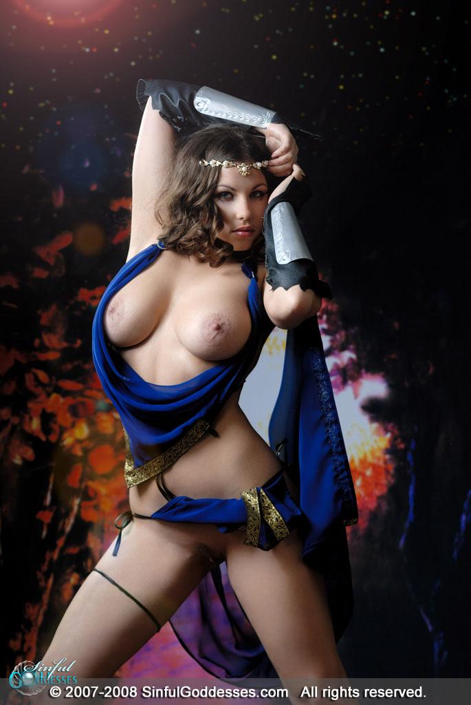 http://sinfulgoddesses.com/fhg/mia2/images/mia_11b.jpg