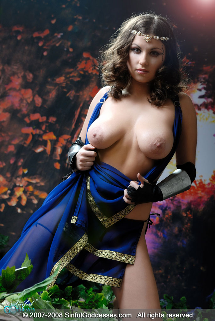 http://sinfulgoddesses.com/fhg/mia2/images/mia_8b.jpg