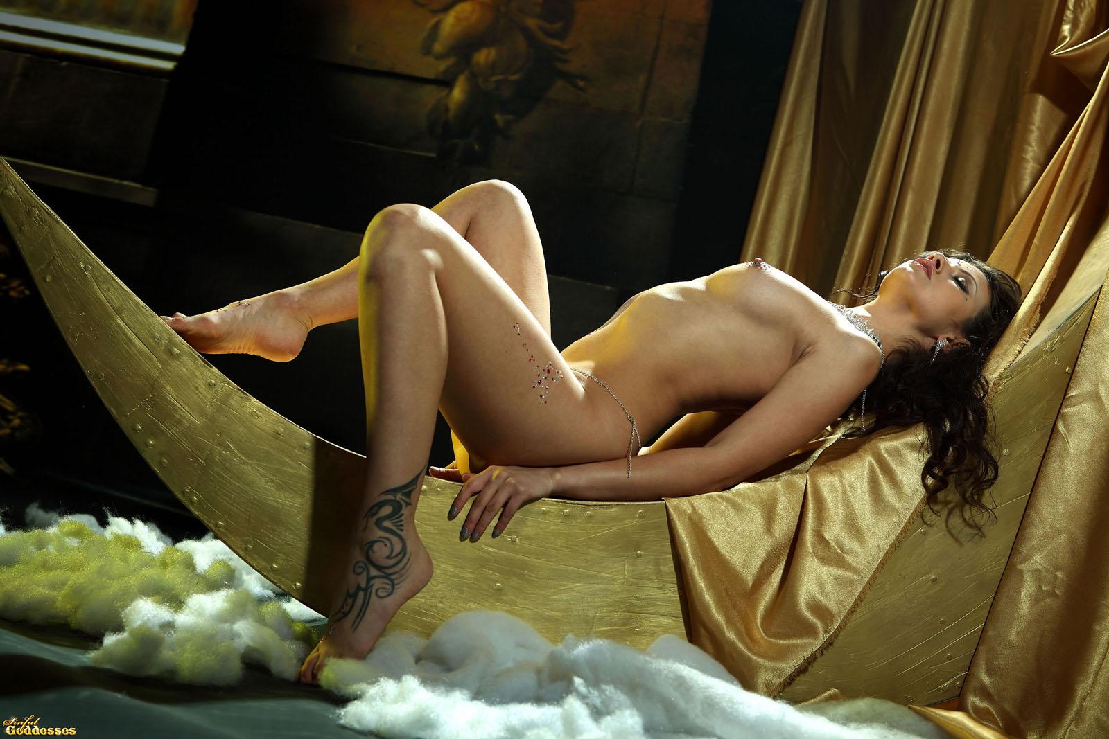 fantasy nude art model